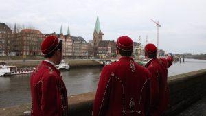 Mitglieder der KTV Visurgis an der Bremer Schlachte